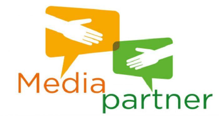 kesepakatan media partner