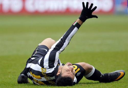 cedera pemain bola