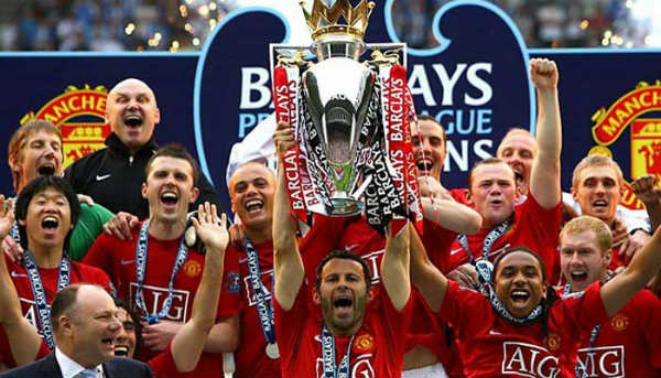 manchester united juara liga inggris