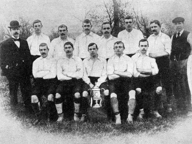 pelatih liga inggris tersukses sepanjang sejarah